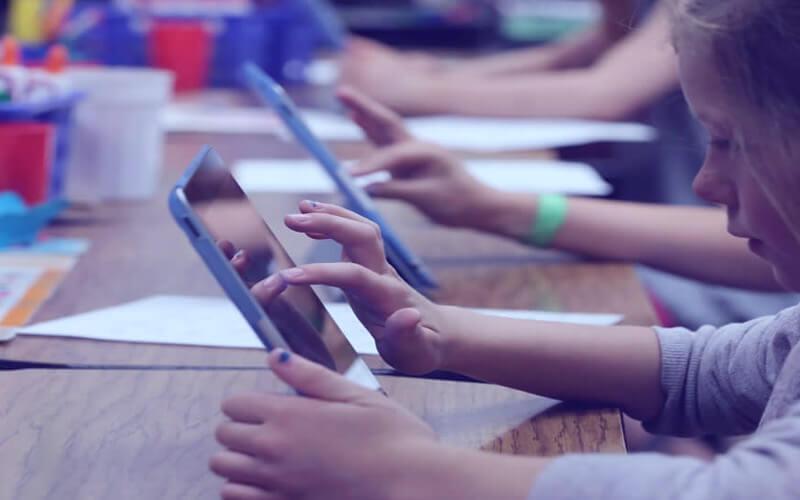5 recomendações para implementar as tecnologias de informação e comunicação em sua escola.