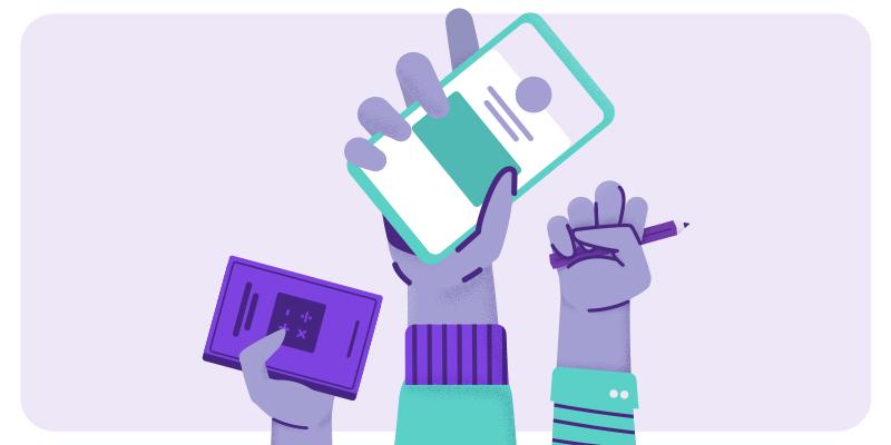 Ilustração com três mãos levantadas segurando um celular, livro e lápis para representar a jornada educacional